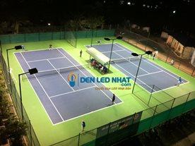 chiếu sáng sân tennis