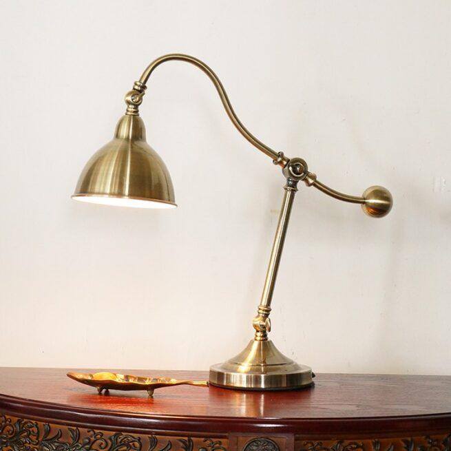 Bộ đèn bàn làm việc cổ điển châu âu