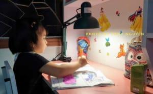 Bộ đèn bàn học LED chống cận thị chuyên dụng Humitsu Nhật Bản