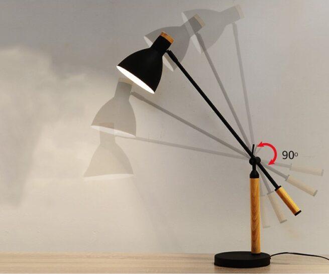 Đèn bàn làm việc chống cận, chống lóa dễ dàng nâng lên hạ xuống theo ý muốn