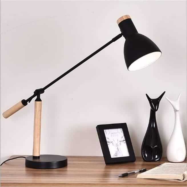 đèn bàn làm việc chống cận thị Humitsu