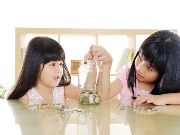 Dạy con 9 bài học hay về tiền bạc