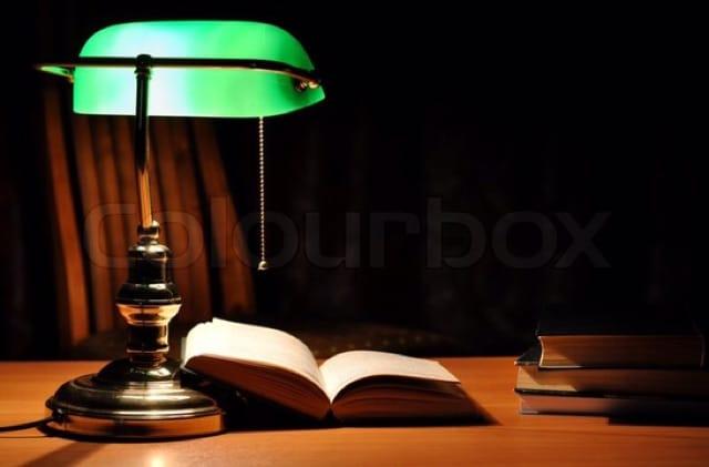 Đèn bàn đọc sách tân cổ điển