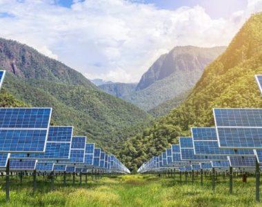 Tấm pin năng lượng mặt trời sản sinh ra nước sạch
