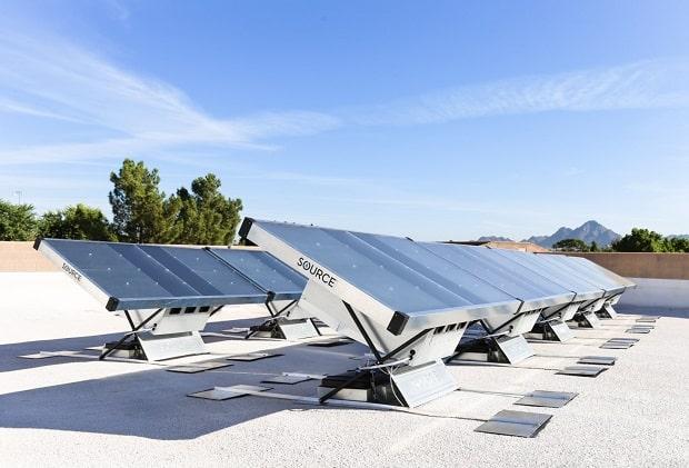 Tạo ra nước uống sạch từ những tấm pin năng lượng mặt trời